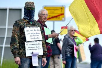 Verfassungsschutz beobachtet Corona-Demos in Sachsen