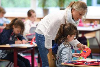 In Grundschulen muss kein Abstand gehalten werden