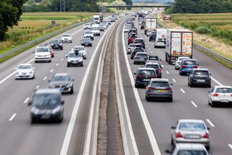 Autobahn 13 wird bei Thiendorf erneuert