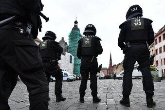 Altenburg: Protest gegen Höcke und Kalbitz
