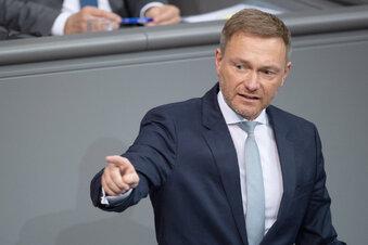 Lindner entschuldigt sich für Thüringen