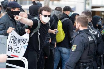 Polizei reagiert auf Pegida-Ärger