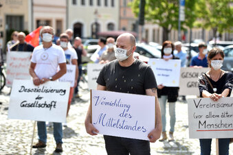 Protest gegen Corona-Maßnahmen wächst