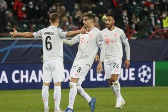 Bayern gewinnen bei Lokomotive Moskau