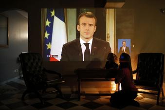 Anschlag stürzt Macron in die Krise