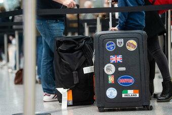 Flugpassagiere aus London positiv getestet