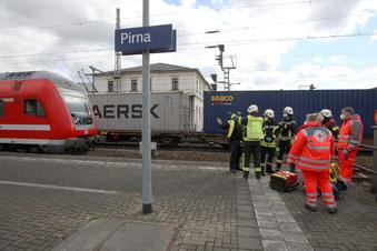 Pirna: Mann wird von Güterzug erfasst
