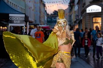 Einkaufsnacht lockt zahlreiche Besucher nach Pirna