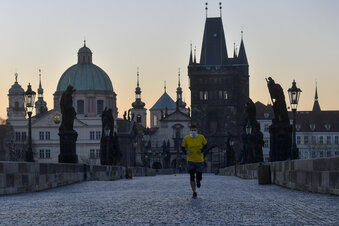 Tschechien fährt vorsichtig wieder hoch