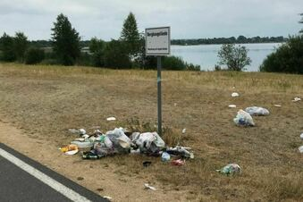 Berzdorfer See: Badegäste hinterlassen Müllberge