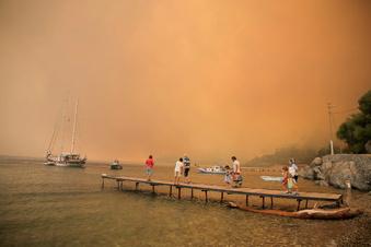 Südliche Urlaubsländer leiden unter Hitze und Bränden