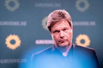 Habeck will Ukraine Abwehrwaffen liefern