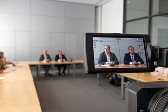 Video! Erste Pressekonferenz nach der Wahl