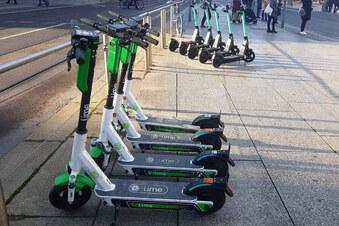 Brauchen E-Scooter künftig Blinker?