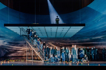 Oper Leipzig mit Paukenschlag