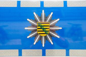 A 4: Laster nimmt Opel die Vorfahrt