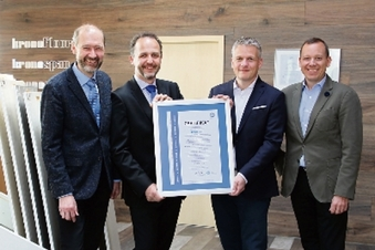 Kronospan erhält bundesweit erstes Zertifikat