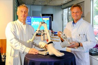 Ärzte trainieren für besten Knieersatz