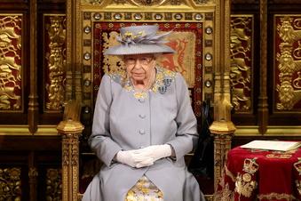 Queen eröffnet britisches Parlament