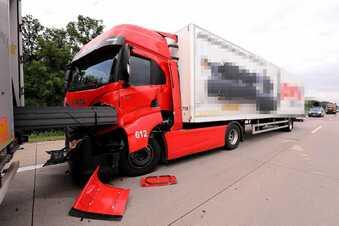 Lkw-Auffahrunfall auf A4 bei Dresden