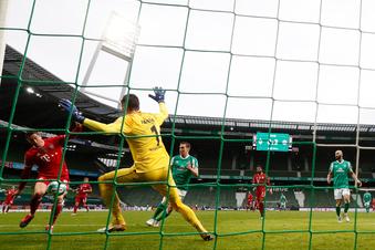 Bundesliga: Bayern legt vor