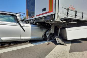 Schwerer Unfall auf der A 4 bei Ohorn
