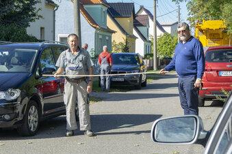Anwohner blockieren Funkmast-Bau