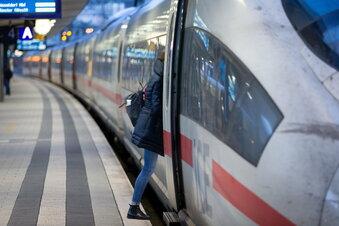 Bahn stellt 25.000 Mitarbeiter ein