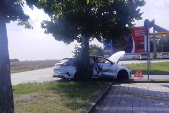 Unfall am Kaufland: drei Verletzte