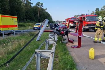 Tragschrauber stürzt am Autobahndreieck ab