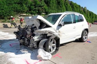 Fünf Verletzte nach Auffahrunfall auf A4