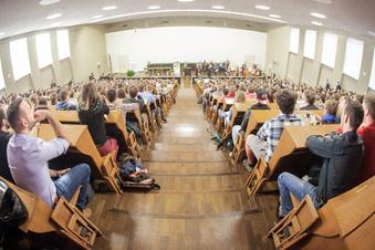 Sachsens Studenten verschieben den Abschluss