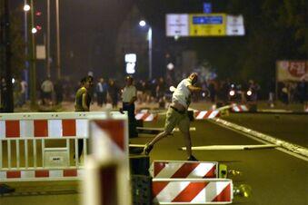 Polizei ermittelt gegen Randalierer in Heidenau