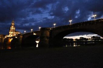 Besondere Strahler für Augustusbrücke
