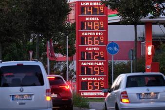 Benzin so teuer wie seit acht Jahren nicht mehr