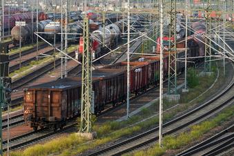 Streik beginnt: Lokführer lassen Güterzüge stehen