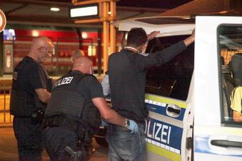 Pirna: Bundespolizei stellt illegal Eingereiste