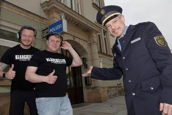 Diese DJs mischen die Pirnaer Polizei auf