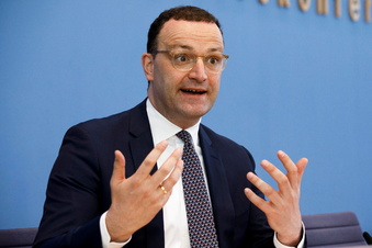 Corona: Spahn kritisiert Impftempo in Sachsen