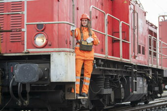 Bahn macht Flugbegleiter zu Zugbegleitern
