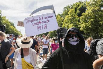 So wollen Rechte den Corona-Protest unterwandern