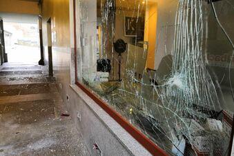 Silvester: Elf Schaufensterscheiben kaputt