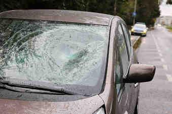 Fahrradfahrer bei Unfall in Dresden schwer verletzt
