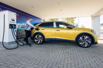 VW Sachsen baut Ladenetz aus