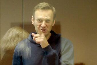 Nawalny scherzt über Haftbedingungen