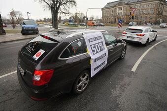 Corona: Protest-Autokorso durch Dresden