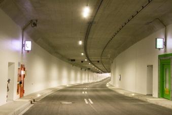 Sperrungen im Tunnel am Waldschlößchen