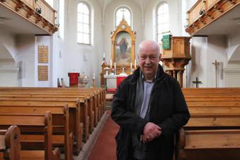 Viele Kirchen – weniger Pfarrer