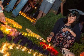 Bilder aus Tausenden Kerzen