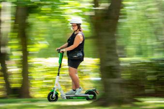 Großer Garten offen für E-Scooter